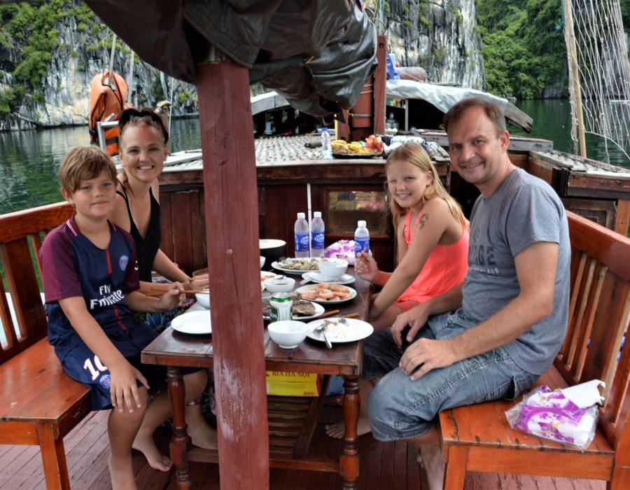 Mini Cruise sails of Indochine